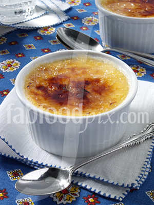 Creme brulee photo